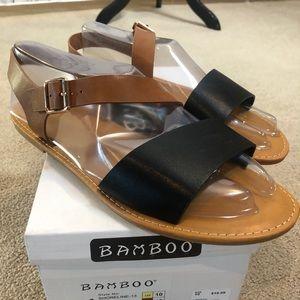 Bamboo Shoreline Sandals. NIB